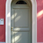 cornice-sagomata-porta